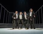 Świąteczny kiermasz kostiumów i kolędowanie w Teatrze Zagłębia